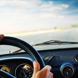 توصیه-ها-مهم-برای-آماده-سازی-خودرو-قبل-از-سفر
